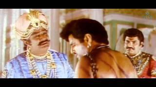 Vijayaprathapan - Hero Esecapes From Castle