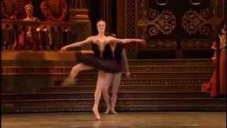 Gillian Murphy   Swan Lake   Black Swan amazing pirouettes