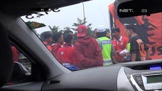 Polisi Melakukan Himbauan Keselamatan ke Suporter Bola - 86