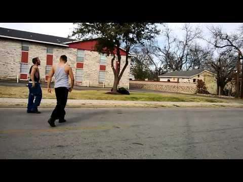 Pelea callejera Mexican Vs White