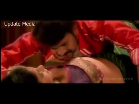 Tamil Hot Actress Anjali Hard Boob Press
