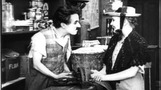 Charlie chaplin barber scene(Funniest by Charlie Chaplin)
