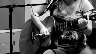Melanie Fiona - Monday Morning (acoustic cover by Tijana, Sarah & Branko) LIVE!