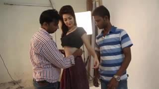 ছবির সুটিংয়ে নায়িকাদের কিভাবে শাড়ি পড়িয়ে দেয় || Movie shoting saree wearing