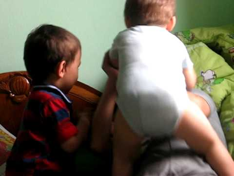 James n Francis r playing with their mom kekekek :XXXX