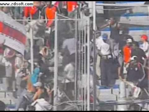Violência no Futebol As Barras Argentinas