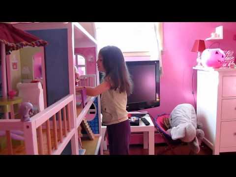 Imaginarium doll house
