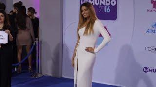 Ariadna Gutierrez en la Alfombra Azul de los Premios Tu Mundo 2016