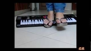 J - SlowMotion 300fps - Keyboard 01