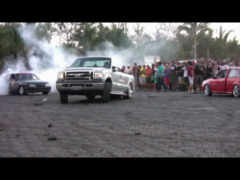 Caravan deu um show no Kakareco
