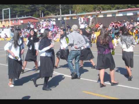 Trote tarapaqueño y Fiestas Patrias 1ºB LLA Thno