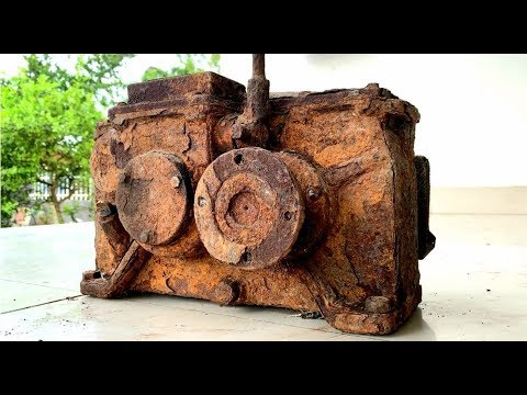 Restoration a very old 15 gear reducer Reuse antique gearboxes Restored rusted transmission box