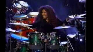 THE Chaka Khan and Rosie O'donnell Drum Battle
