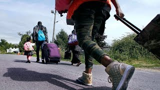Justin Trudeau is losing the debate on border crossings, new poll suggests