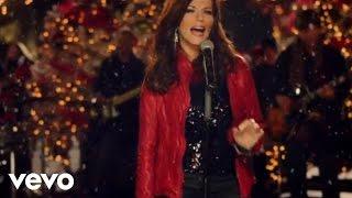 Martina McBride - Please Come Home For Christmas (Yule Log)