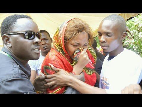 Xxx Mp4 WEMA SEPETU Ashindwa Kujizua Kwenye Msiba Wa Mzee MAJUTO 3gp Sex