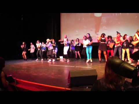 Performers dancing together Gangnam Style after announcing winners @ NY K-POP Festival 8/31