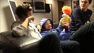 NEW ONE DIRECTION FUNNY MOMENTS 2013