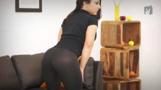 LOOP - Black tight legging gym bend over | Sexy girl in yoga pants
