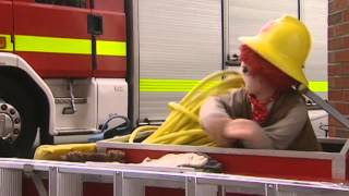 Rosie and Jim 811 - Flashing Fire Engines