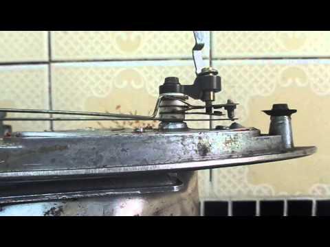 O termostato do ferro elétrico.