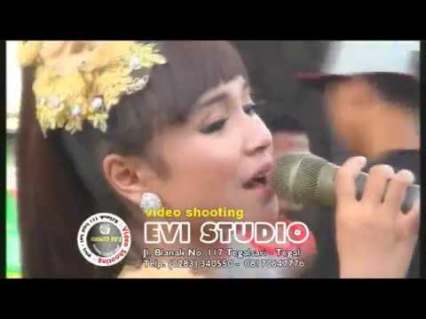 Kelayung Layung - Voc.Tasya Rosmala Live Tegal 2017