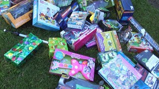 A LOT PRESENTS FOR KIDS! A LOT OF TOYS
