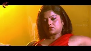 Swathi Varma In Red Saree Nice Scene || Company Movie