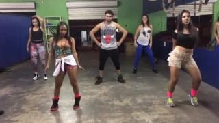 Coreografia Tudo de bom (  coreografia Téo Fabi Paulinha camila gabi)