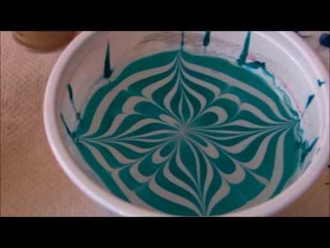 Cum sa faci o manichiura water marble (pictura in apa) - HD