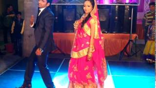 Best Indian Couple Dance 2017 at their Wedding reception party | Rahul & Nidhi Wedding Dance
