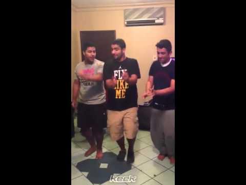 رقص شباب في الشاليه keek nmoor91