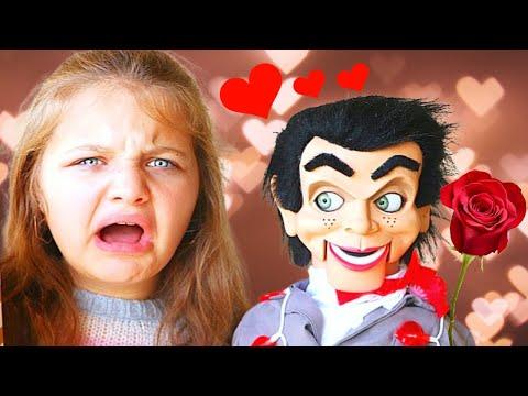 SLAPPY VALENTINES DAY the MOVIE SLAPPY LOVES ME Slappy Has a CRUSH on AUBREY