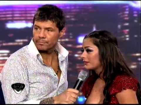 Showmatch 2011 Larissa Riquelme conquistó a todos con su lengua