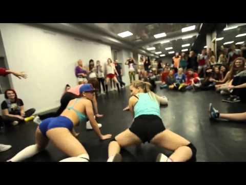 Xxx Mp4 Girls Funny Dance 3gp Sex