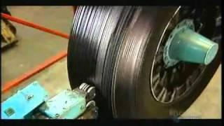 إعادة تصنيع الإطارات التالفة