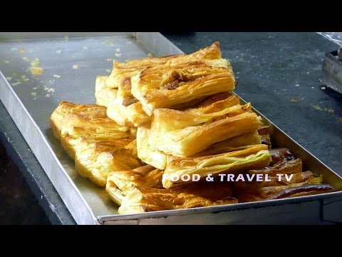 HOW TO MAKE VEG PUFFS   BAKERY RECIPES   MAKING IN TRADITIONAL STYLE     4K VIDEO