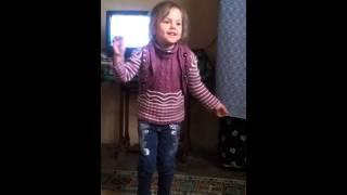 اجمل رقص طفله سوريه