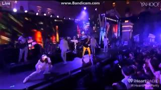 Chris Brown Loyal Live 2015
