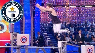 Parkour - Fastest time to jump over 7 bars - Guinness World Records