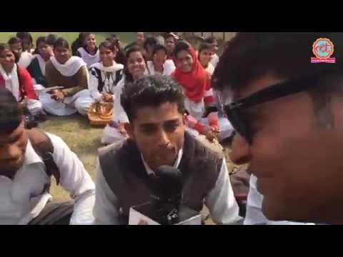 इंडियन पॉलिटिक्स पर ये लड़का - 'मवालियों को न देखो हिकारत से, न जाने कौन सा गुंडा वजीर हो जाए'