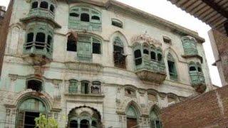 Raj Kapoor's haveli in Pakistan's Peshawar is facing demolition