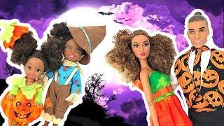 Barbie Kids Costume Runway Show + Halloween Decorating | Naiah and Elli Doll Show