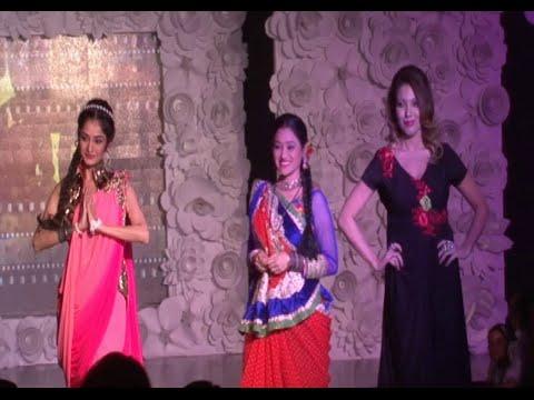 Xxx Mp4 Munmun Dutta Disha Vakani And Neha Mehta Ramp Walk At BE WITH BETI Fashion Show 2015 3gp Sex