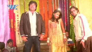 होलिया में रहब सईया अबकी - Holi Me Hila Dem | Sarvjeet Singh | Bhojpuri Hot Songs 2015 HD