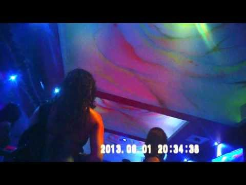 Dance bar neelam @ sanpada junction navi mumbai ashlilta ki hadh par karte hue videos