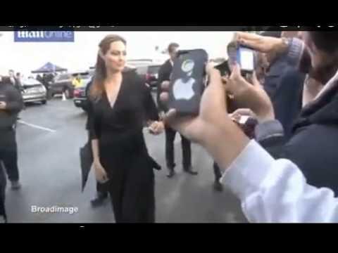 Xxx Mp4 انجلينا جولي تقوم ببعص طيز براد بيت زوجها امام الكاميرات ؟شاهدو المهزلة 3gp Sex