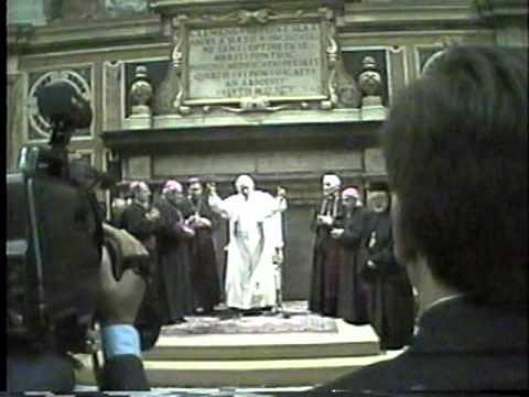 Nane tereza Me hirarkin Kishtare te Shqyperis Shtegtim ne vatikan. 1995.video Frani franc