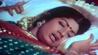 Pakalil oru iravu : Sridevi Marriage Day