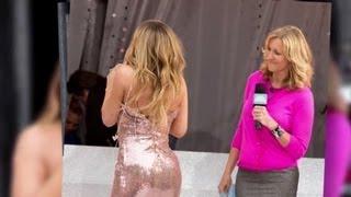 Mariah Carey a un petit problème de robe pendant une interview
